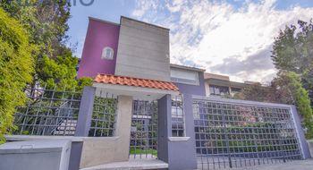 NEX-12682 - Casa en Venta en Bosques de la Herradura, CP 52783, México, con 4 recamaras, con 3 baños, con 2 medio baños, con 628 m2 de construcción.