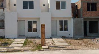 NEX-9874 - Casa en Venta en Geovillas los Pinos, CP 91808, Veracruz de Ignacio de la Llave, con 2 recamaras, con 2 baños, con 2 medio baños, con 64 m2 de construcción.