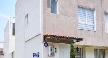 NEX-9571 - Casa en Venta en La Bomba, CP 52004, México, con 3 recamaras, con 2 baños, con 1 medio baño, con 105 m2 de construcción.