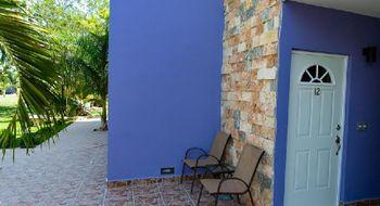 NEX-14154 - Casa en Renta en Temozón, CP 97740, Yucatán, con 2 recamaras, con 2 baños, con 2 medio baños, con 150 m2 de construcción.