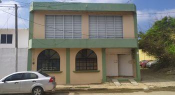 NEX-28048 - Oficina en Venta en Puerto México, CP 96510, Veracruz de Ignacio de la Llave, con 5 baños, con 2 medio baños, con 480 m2 de construcción.