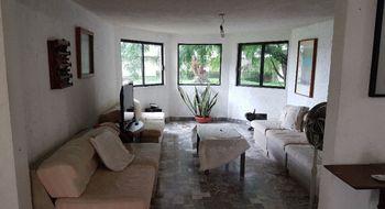 NEX-8565 - Casa en Venta en Lomas de Cuernavaca, CP 62584, Morelos, con 5 recamaras, con 6 baños, con 1256 m2 de construcción.