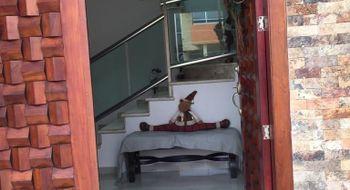 NEX-5617 - Casa en Renta en Lomas del Sol, CP 95264, Veracruz de Ignacio de la Llave, con 3 recamaras, con 2 baños, con 1 medio baño, con 215 m2 de construcción.