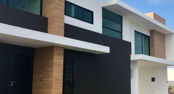 NEX-5656 - Casa en Renta en Playas del Conchal, CP 95264, Veracruz de Ignacio de la Llave, con 3 recamaras, con 4 baños, con 1 medio baño, con 321 m2 de construcción.