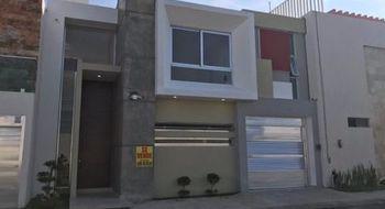 NEX-6592 - Casa en Venta en Lomas del Sol, CP 95264, Veracruz de Ignacio de la Llave, con 4 recamaras, con 4 baños, con 1 medio baño, con 290 m2 de construcción.