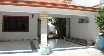 NEX-25640 - Casa en Venta en San Pedro Cholul, CP 97138, Yucatán, con 4 recamaras, con 4 baños, con 446 m2 de construcción.