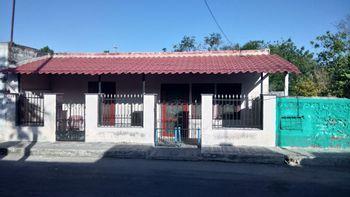 NEX-26040 - Casa en Venta en Panaba, CP 97610, Yucatán, con 4 recamaras, con 2 baños, con 182 m2 de construcción.