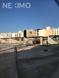 NEX-29933 - Casa en Venta, con 3 recamaras, con 2 baños, con 1 medio baño, con 182 m2 de construcción en Conkal, CP 97345, Yucatán.