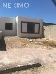 NEX-30723 - Casa en Venta, con 2 recamaras, con 1 baño, con 84 m2 de construcción en México Poniente, CP 97246, Yucatán.