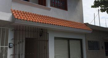 NEX-13781 - Casa en Venta en Reforma, CP 91919, Veracruz de Ignacio de la Llave, con 3 recamaras, con 2 baños, con 1 medio baño, con 180 m2 de construcción.