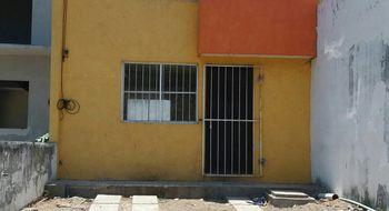 NEX-26233 - Casa en Venta en 2 Caminos, CP 91726, Veracruz de Ignacio de la Llave, con 2 recamaras, con 1 baño, con 80 m2 de construcción.