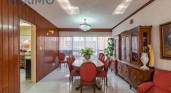 NEX-7614 - Casa en Venta en El Rosedal, CP 04330, Ciudad de México, con 4 recamaras, con 2 baños, con 1 medio baño, con 288 m2 de construcción.