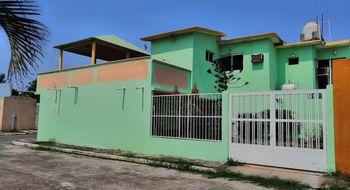 NEX-30061 - Casa en Venta en Puente Moreno, CP 94274, Veracruz de Ignacio de la Llave, con 3 recamaras, con 2 baños, con 2 medio baños, con 174 m2 de construcción.